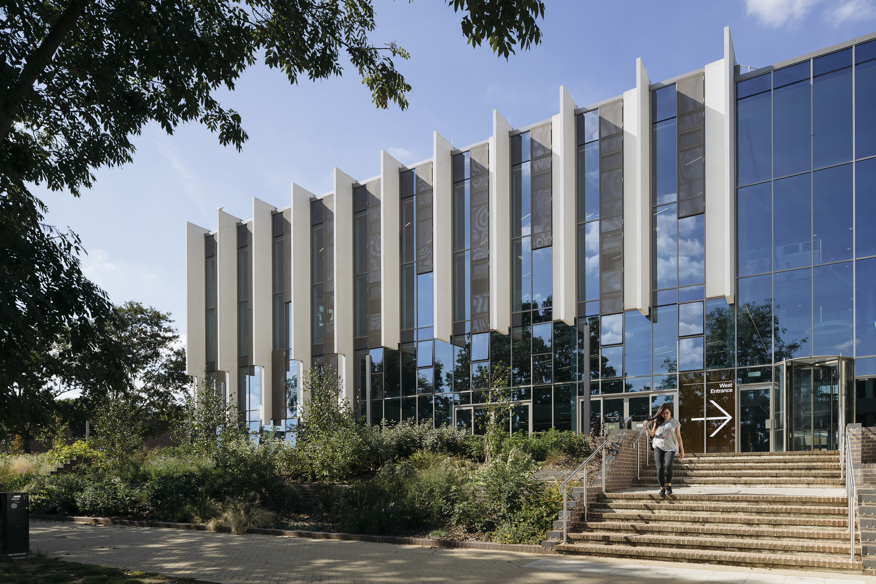 Penoyre Prasad's University of Kent Templeman Library