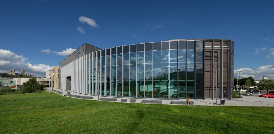 The Isaac Newton Building is somewhat unusual in that it is purpose-built as a school of Engineering